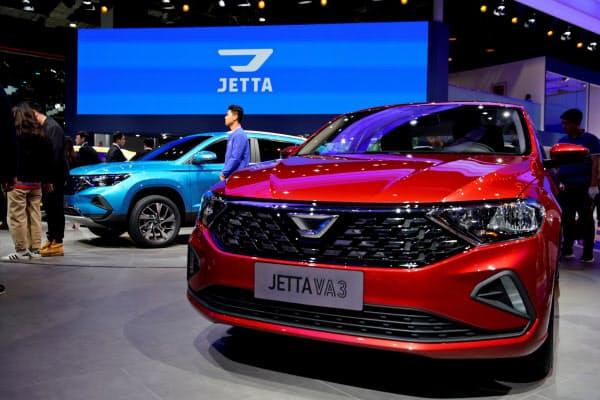 VWが中国の地方の若者を取り込むために導入した新ブランド「ジェッタ」も販売を下支えした=ロイター