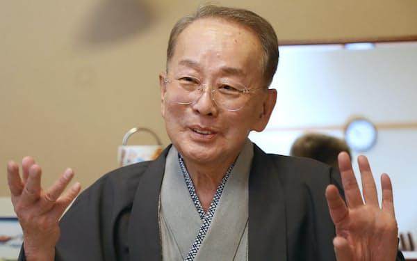「父が大切にしてきた上方歌舞伎を若い人たちに伝えたい」と語る秀太郎