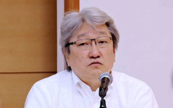 HOYAの鈴木CEO(写真は19年5月の決算会見)