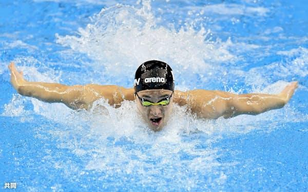 男子200メートルバタフライ、1分52秒53の日本新で優勝した瀬戸大也(18日、北京)=共同