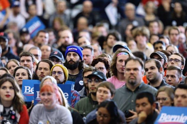 米国では共和党だけでなく民主党もポピュリズムに傾く=ロイター