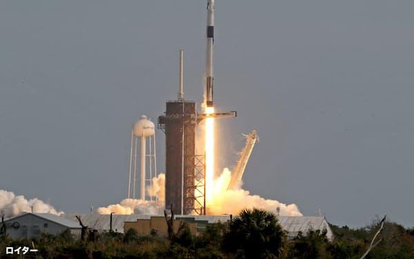 NASAはスペースXの宇宙船を使った緊急脱出試験に成功したと発表した=ロイター