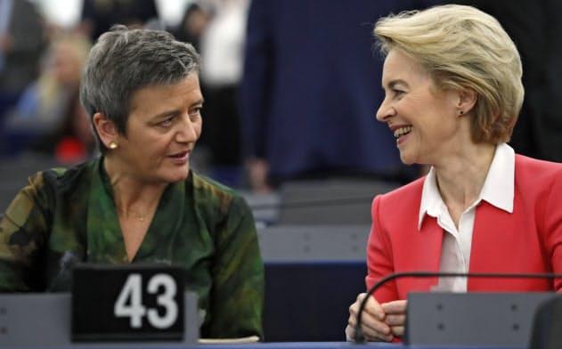 EUの競争力回復のため、フォンデアライエン欧州委員長は3月に新たな産業戦略を発表するが、競争担当のベステアー上級副委員長も合併プロセスを見直す可能性があるという=AP