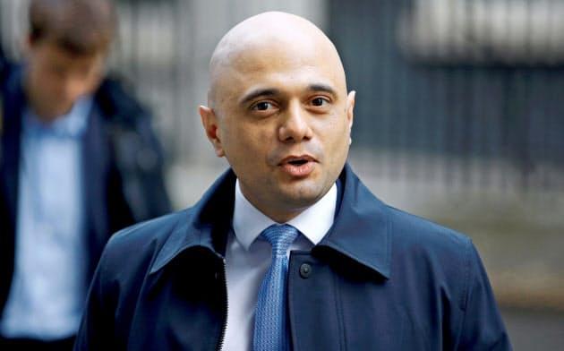 フィナンシャル・タイムズ紙とのインタビューで英国はEUルールには縛られないと発言したジャビド財務相=ロイター