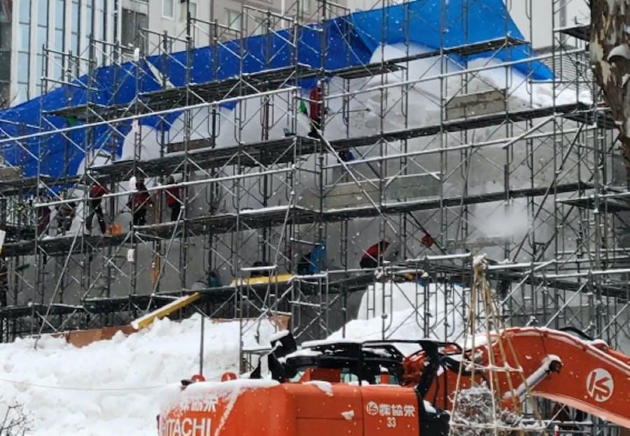 雪不足深刻、さっぽろ雪まつり縮小へ スキー場も閑散 - 日本経済新聞