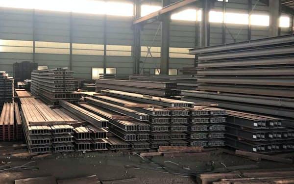 鉄骨需要が停滞している(千葉県浦安市のH形鋼の倉庫)