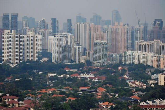 東南アジアのスタートアップにとって2020年はどんな1年になるのか(シンガポールのビル群)=ロイター