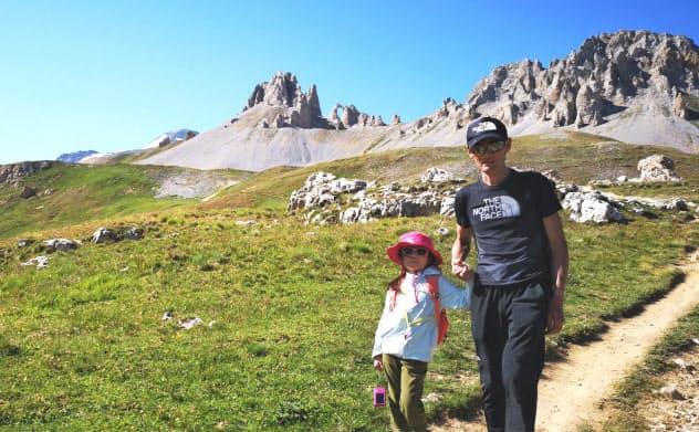 昨年のフランス合宿では、練習の合間を縫って娘を山歩きに連れ出した