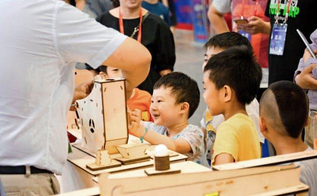 イベントは主に幼稚園児と小学生向け(新工場創客教育提供)