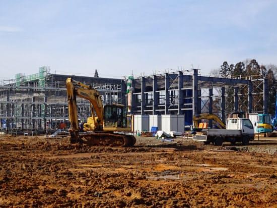 飯豊町が建設を始めたリチウムイオン電池部材の工場(2019年12月、山形県飯豊町)
