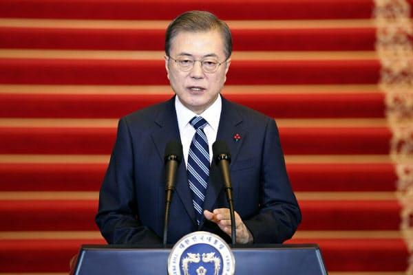 文在寅大統領は新年の演説で「確実な変化を体感できる年にする」と国民に約束したが…(7日)=韓国大統領府提供