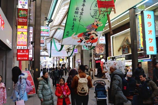 春節で多くの中国人観光客が北海道を訪れることが予想される(23日、札幌市)