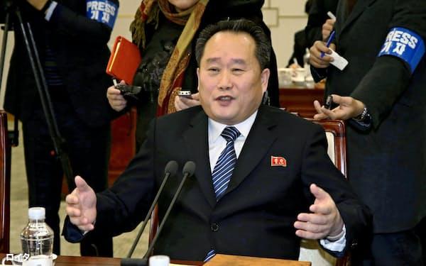 南北閣僚級会談に出席した北朝鮮の李善権氏(2018年9月、板門店)=ロイター