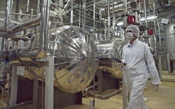 イラン中部イスファハン郊外の核関連施設=AP