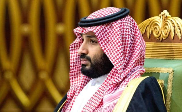 サウジアラビアのムハンマド皇太子に、ベゾス氏が遭ったハッキング被害に関与しているとの疑惑が浮上している=ロイター