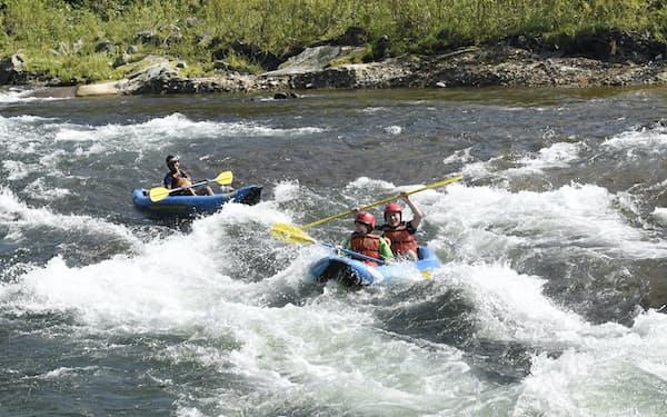 ラフティングやカヌー、スキーなどを組み合わせる観光がアドベンチャー・トラベル(北海道倶知安町)