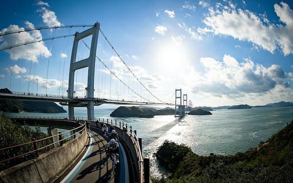 しまなみ海道サイクリングロードは瀬戸内海の眺望を楽しめる(愛媛県今治市)