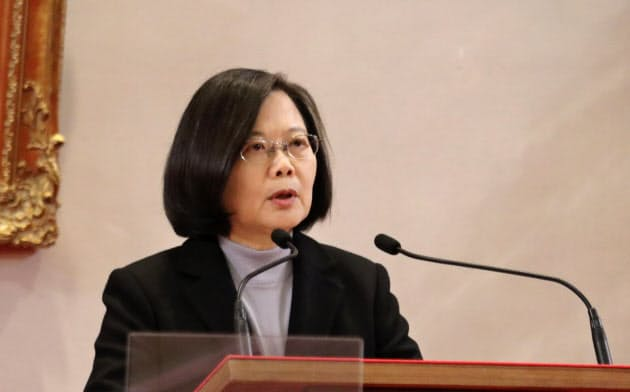 蔡英文政権は新型肺炎の感染拡大に警戒を強める(1日、台北市)