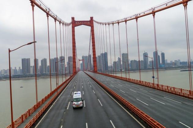 新型肺炎、中国製造業に打撃 上海・蘇州で休業延長
