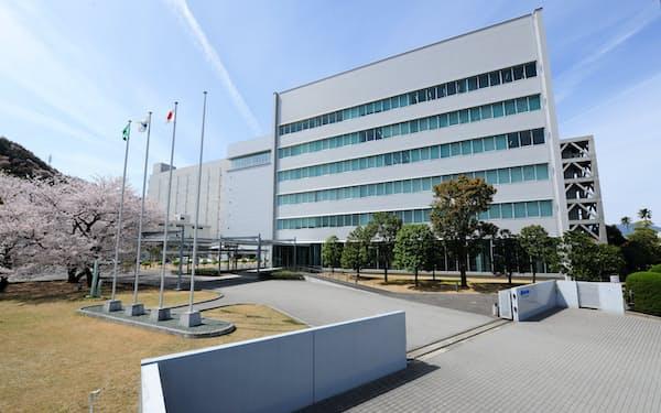 中国の自動車販売不振を受けてLEDの生産に陰りも(徳島県阿南市の日亜化学工業の本社)
