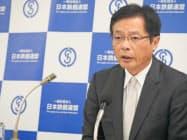 記者会見した鉄連の北野会長(31日、東京都内)