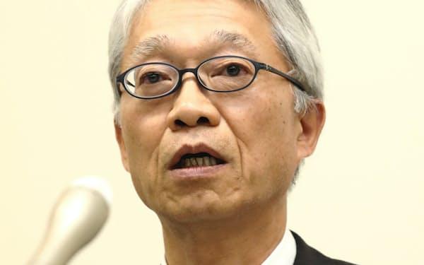 TOTOの次期社長に内定し、記者会見する清田副社長(31日、北九州市)