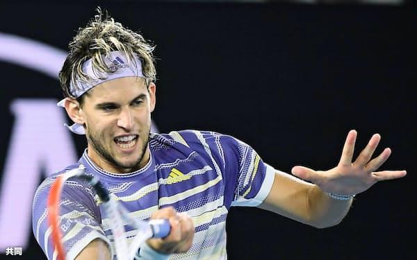 男子シングルス準決勝でアレクサンダー・ズベレフに勝利したドミニク・ティエム(31日、メルボルン)=共同