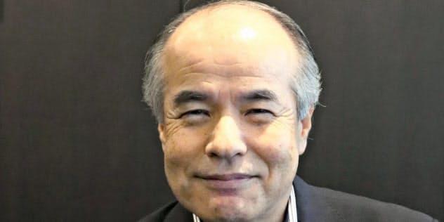 沖縄セルラー電話の湯浅英雄社長
