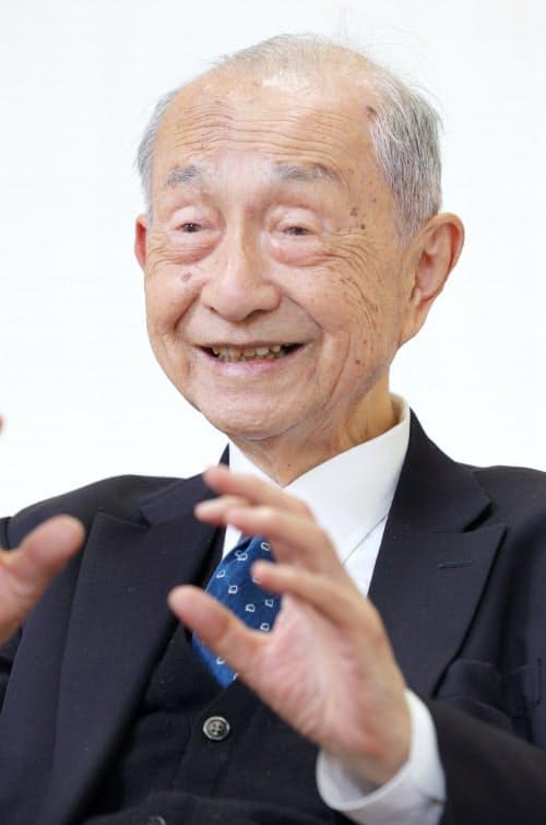 すだ・ひろし 1931年京都市生まれ、54年京大卒、日本国有鉄道(当時)入社。常務理事などを経て87年、分割民営化された東海旅客鉄道(JR東海)初代社長に就任。95年会長、2004年から相談役。19年、きょうと視覚文化振興財団の理事。