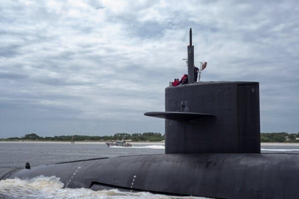 潜水艦からミサイルが発射された段階では小型核を搭載しているか判別が難しい=ロイター