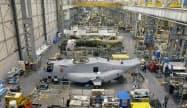 米製造業受注は2カ月ぶりに大きく伸びた(ペンシルベニア州の軍用機組み立て工場)=ロイター
