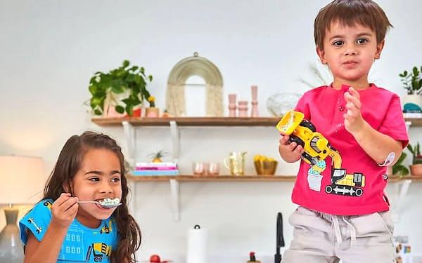 ネット販売の「プリンセス・オーサム/ボーイ・ワンダー」では、色やモチーフを広げた子供服を提供している (Photo by Katie Jett Walls Photography)