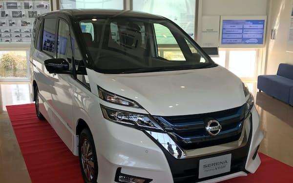 日産自動車九州(福岡県苅田町)では主力ミニバン「セレナ」などを生産している