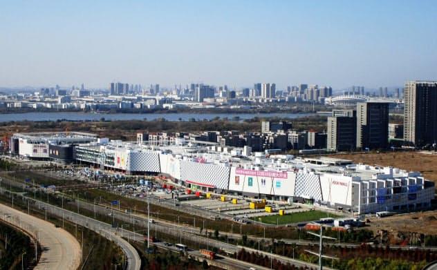 イオンは中国の「イオンモール」の半数でテナント営業を休止した(武漢市内のイオンモール)