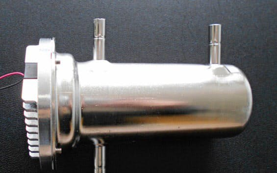 ナイトライド・セミコンダクターが開発した水殺菌ユニット