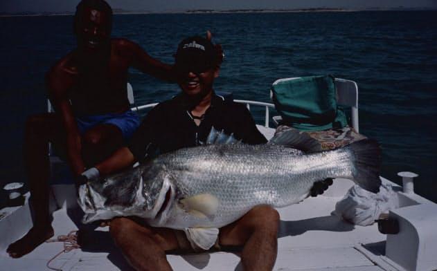 トローリングで釣り上げた重さ42キロのナイルパーチ