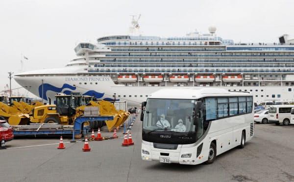 「ダイヤモンド・プリンセス」には55カ国・地域の多くの外国人が乗船している