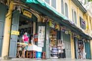 中国人観光客が激減し閑散とするバンコクの観光地(4日)=小高顕撮影