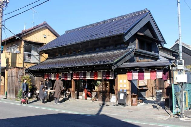 埼玉県越谷市の「はかり屋」は古民家を再生し、にぎわいを創出している