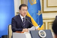 韓国政府は苦境にあえぐLCCへの支援策を表明した(17日)=大統領府提供