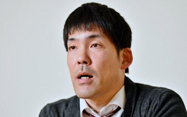 おおや・ゆうき 1981年兵庫県西宮市生まれ。高校在学中に脊髄を損傷し、下半身不随に。2005年に車いす陸上の競技を始める。19年11月のパラ陸上世界選手権の車いす男子100メートルで4位に入り、東京パラリンピック出場を決めた。