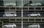 2020年の欧州新車販売は大幅減で始まった=ロイター