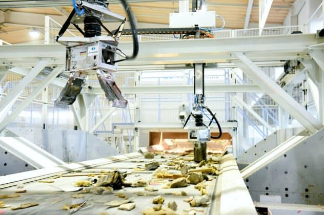 シタラ興産はロボットによる廃棄物選別の先駆けでもある(埼玉県深谷市)