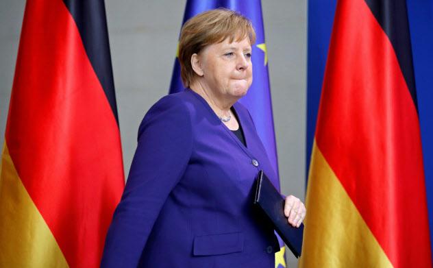最大与党キリスト教民主同盟(CDU)内から、メルケル独首相の早期退陣論が出ている=ロイター