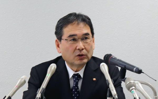 四国電力の長井啓介社長は記者会見で「明らかに事実と異なる」と強調した