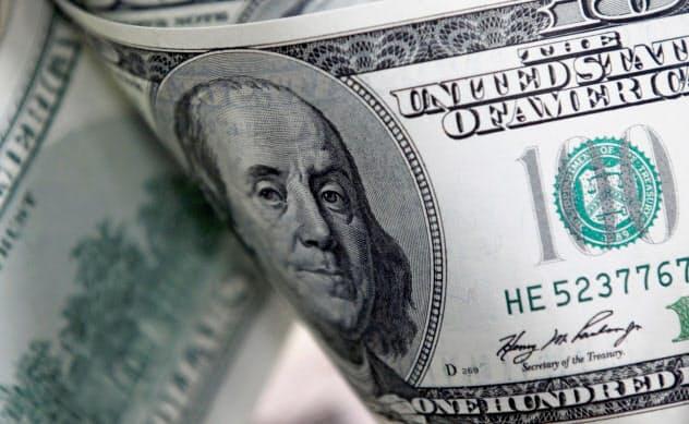 マネー、安全資産ドルに集中 肺炎で2年9カ月ぶり高値