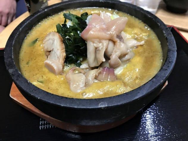 味の大王総本店(北海道苫小牧市)が冬限定で提供する石鍋ホッキカレーラーメン