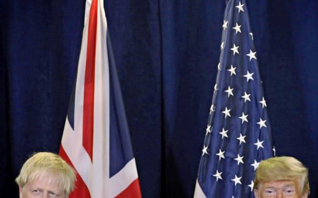 英国が5Gネットワークの構築にファーウェイの参加を一部認める決定をしたことで、英米関係は悪化した=ロイター