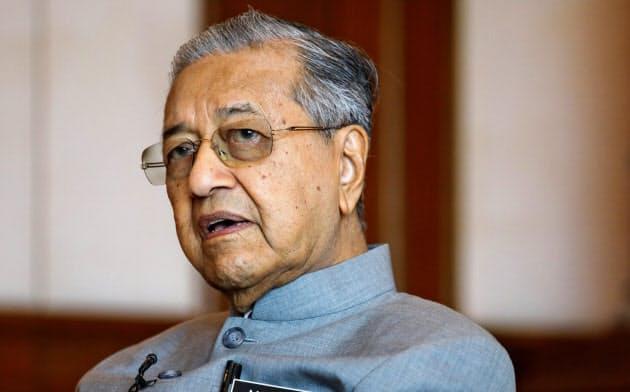 マハティール首相が辞任 マレーシア国王が辞表受理