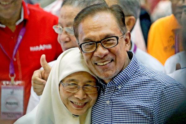 マハティール氏後継にアンワル夫妻ら浮上 マレーシア次期首相: 日本 ...